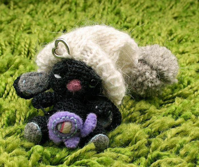 Larris handmade jewellery: Zubby mini rabbit