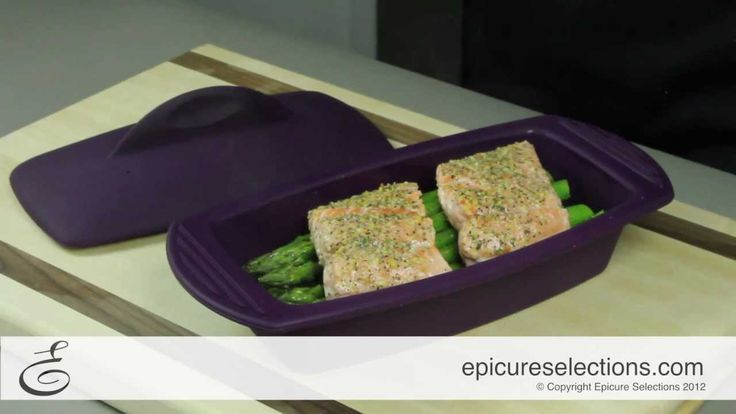 (Video) 4 Minute Salmon and Asparagus in your Steamer
