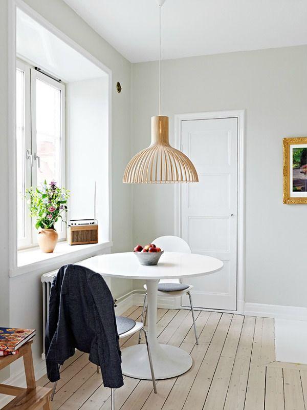 25 beste idee n over kleine eettafels op pinterest kleine keuken tafels kleine eetkamer en - Kleine keuken met eethoek ...