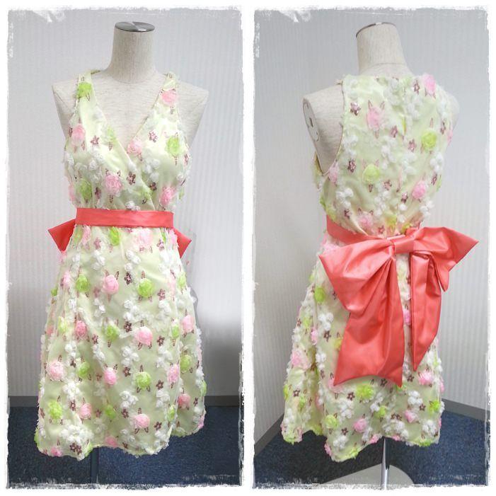 お花が縫い付けられているチュール布をサテンの上に重ねてドレスを作りました。 Flower stitched Tulle fabric overwrapped on a satin to make a dress.  #tulle #dress #onepiece #sewing #handmade #JAGUAR