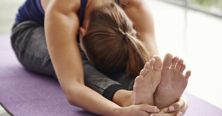 Os exercícios de Pilates potenciam a força e flexibilidade corporais, utilizando movimentos de baixo impacto. Descubra 4 sugestões simples, práticas e eficazes.