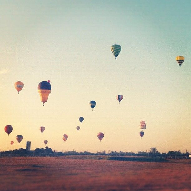 #digital #instagram #iphone #phone #photo #photography #philippines #pilipinas #pinas #pilipino #pinoy #hotair #hotairballoon #balloon #balloons #ClarkAirBase #angelescity #pampanga #fly #up #weekend #saturday #morning #nature #sky #icecream #basket #air