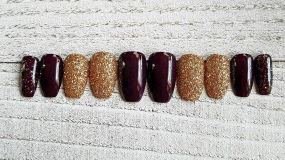 Dark wine/champagne gold raw glitter nails, short coffin shape. Fake nails, press on nails, sparkly
