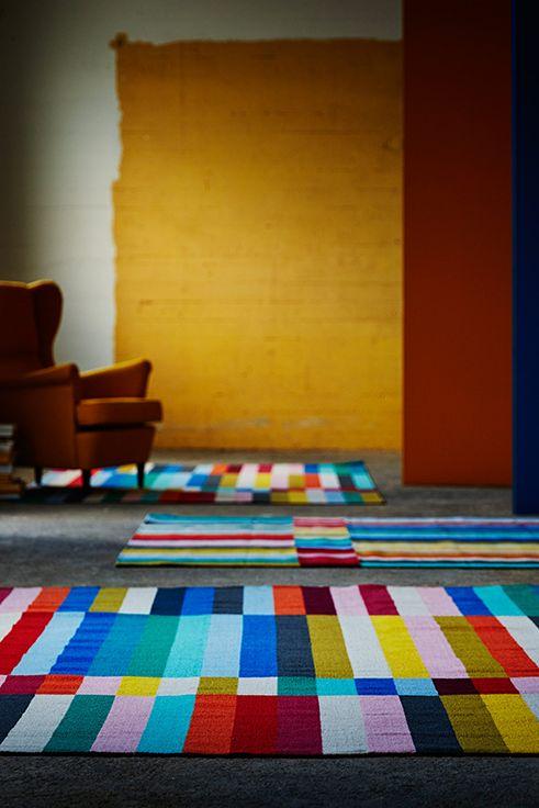 Ένας καμβάς με χρώματα στο πάτωμά σας. Αυτό είναι το χαλί HALVEΝ.