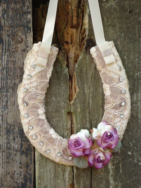 lace horseshoe.  Why do no brides practice this tradition anymore?