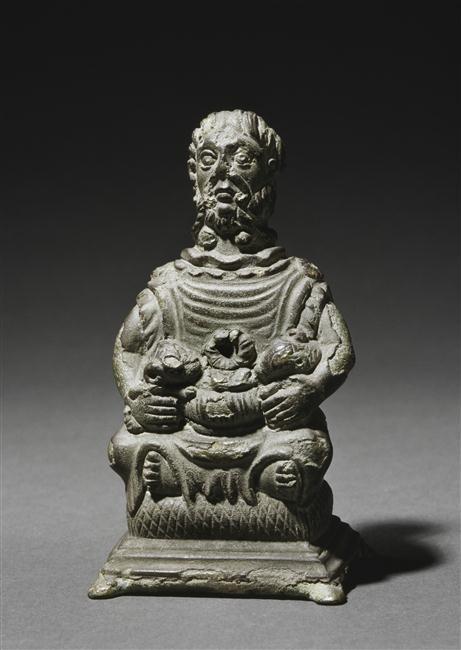 Lampe à cinq becs | Musée archéologie nationale