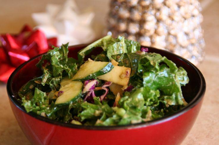 Kale salad w/ avocado dressing