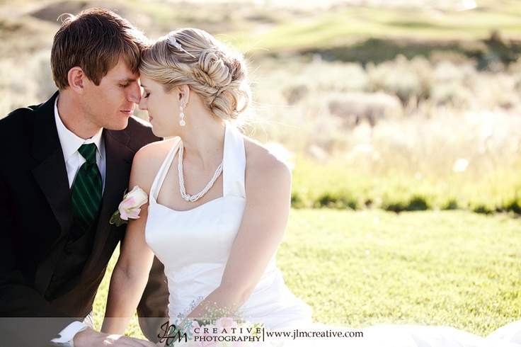 Free Unveiled Session for you and your groom after the wedding!