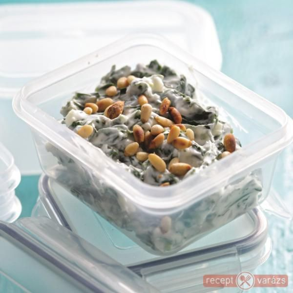Joghurtos spenótsaláta