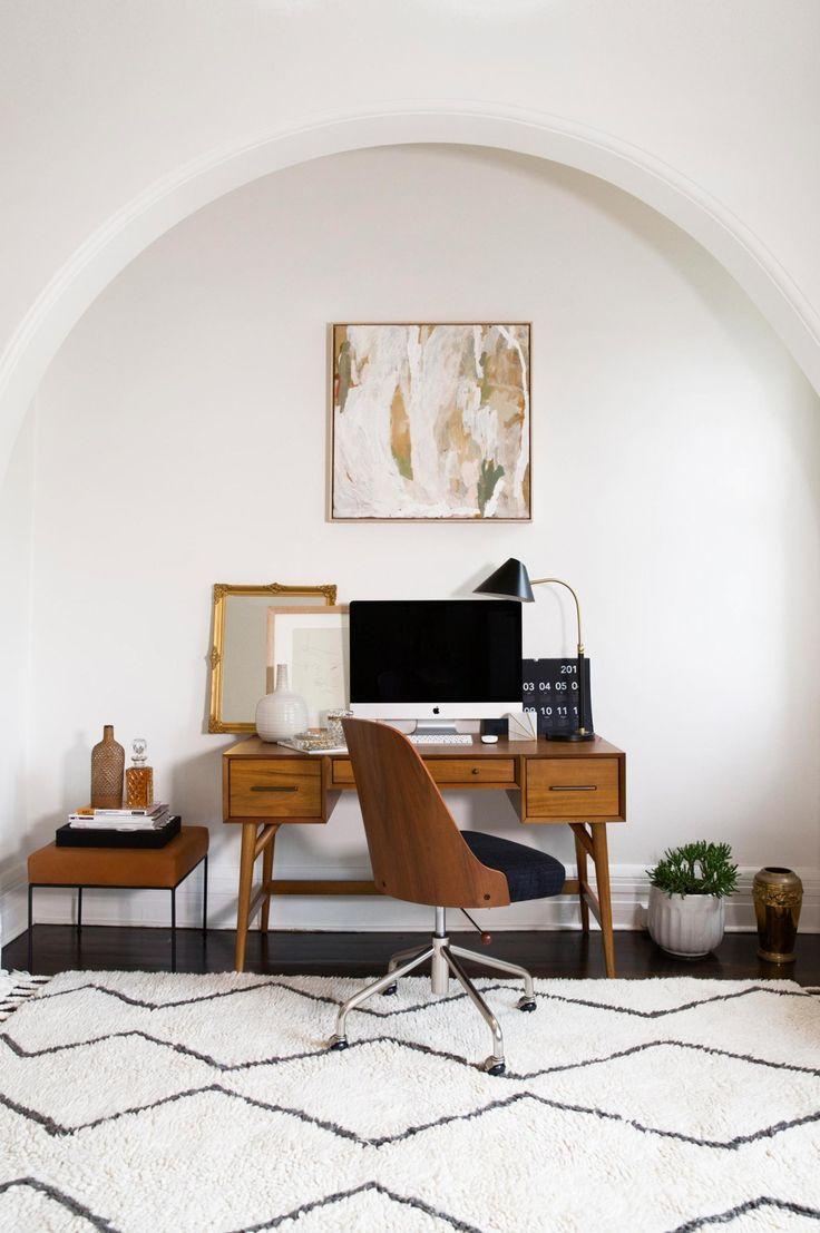 Un espace de travail moins coloré mais tout aussi original et élégant !