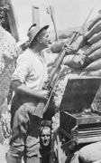 Australian Slang: A Story of Australian English (image depicting soldier in trench with gramophone)