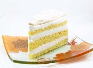 Gluten Free Yellow Butter Cake Recipe: http://glutenfreerecipebox.com/gluten-free-yellow-butter-cake/ #glutenfree