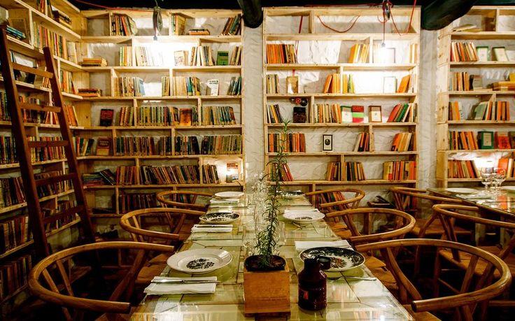Le paradis des lecteurs : ce magnifique hôtel possède près de 50 000 livres sur ses murs et c'est fascinant