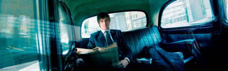 """Recruitment campaign: Guy in a London cab. """"Add real value. Join kempen."""