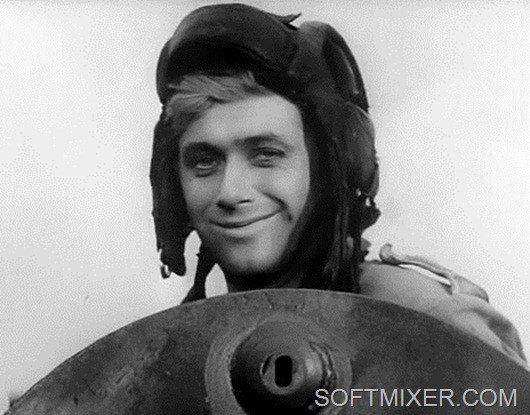 """Янек! """"Четыре танкиста и собака"""" - обязательный сериал зимних каникул."""