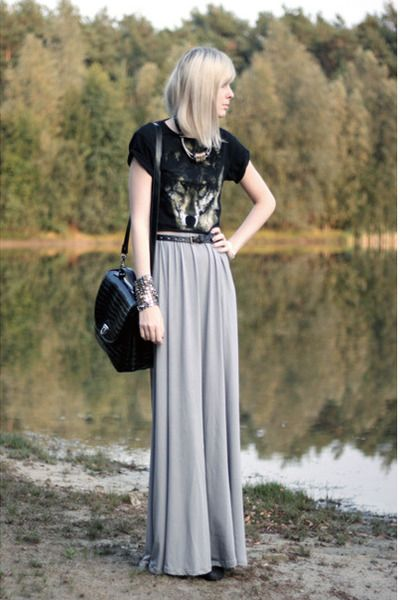t shirt + maxi +effortless style with modesty