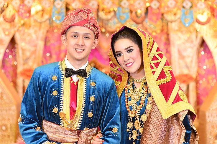 Pernikahan Minang dengan Warna Cerah ala Wanda dan Landi - DSC_3231