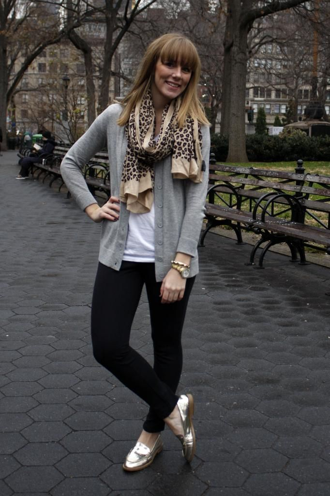 ponte pants + cardigan + scarf this would be a pretty standard weekend look, I've been looking for a good pair of ponte pants