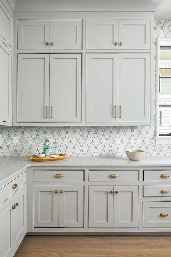 15 Of Fabulous Kitchen Backsplash Ideas Moroccan Tile Backsplash Light Gray Cabinets Grey Cabinets Light Grey Kitchens