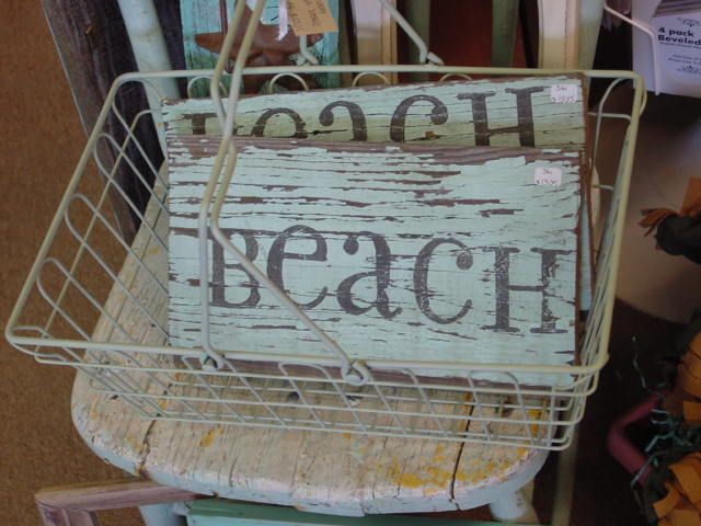 Photo On Inspiration for DIY projects to decorate Some great ideas for our beach themed bathroom