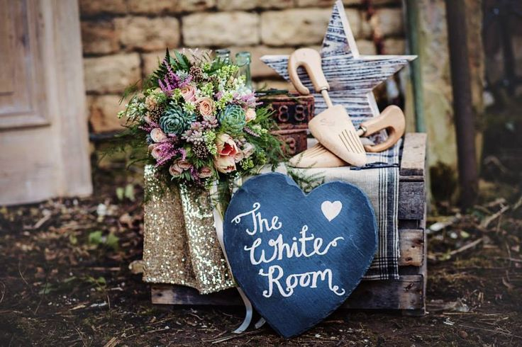 Styled shoot for The White Room - http://www.thewhiteroomsouthwell.co.uk/ Photographer - www.samanthahook.co.uk/ Flowers - www.theflowermilldraycott.co.uk Styling - http://www.madphilomena.co.uk/