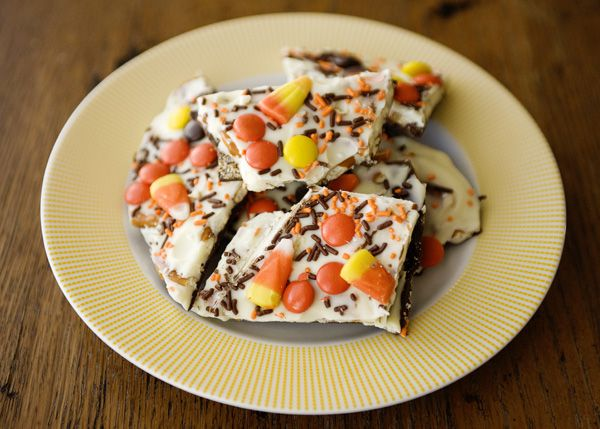 Halloween Bark, Just made this, sooo easy and good!