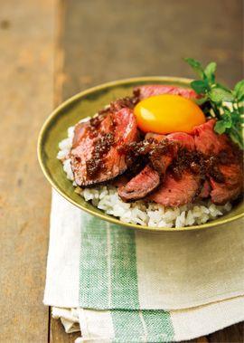 夏バテ気味の体にお肉でスタミナをつけようおいしさモリモリ肉丼レシピ集