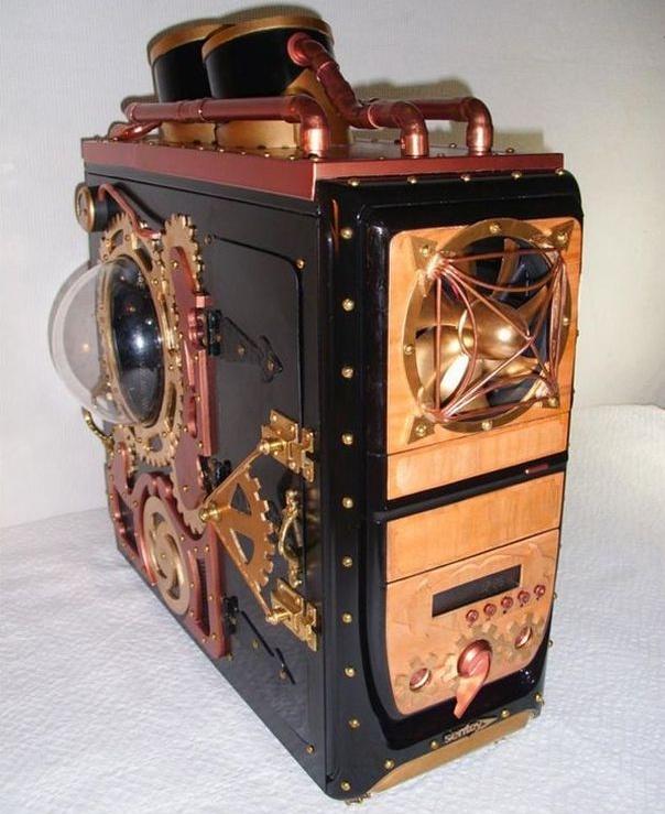 Labsmash's Steampunk PC case mod...smashing, indeed! Nice portholes and smokestacks!