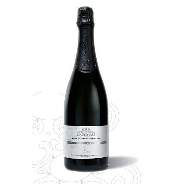 FRANCIACORTA SATEN La famiglia Terzi-Coppini dedica all'ultimo erede della dinastia Pitti questo pregiatissimo Franciacorta come elogio per la passione e la dedizione con cui ha creato i suoi nobili vini.