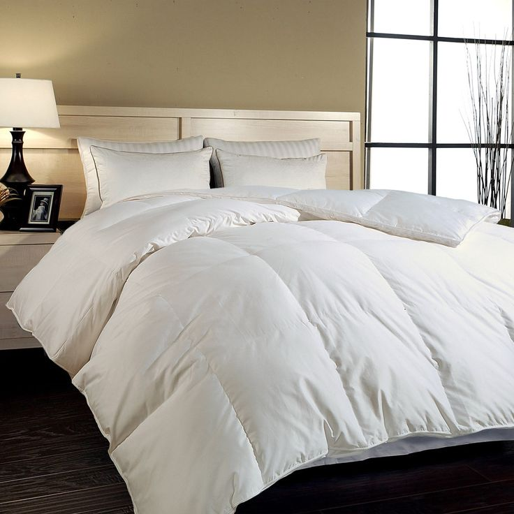 Hotel Grand Naples 700 Thread Count King Size Hungarian Goose Down Comforter King Size
