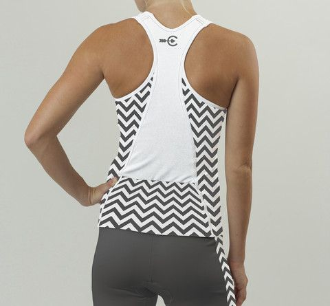 Womens Tri Tank. Black & White Chevron Design. // Just missing backpockets. #rideinstyle