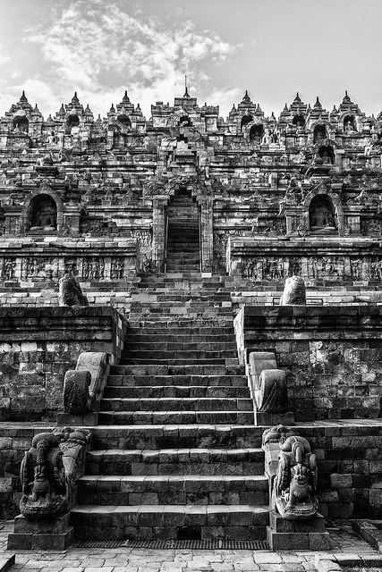 Borobudur is one of the largest buddhist temple complexes in southeast Asia, Central Java, near Yogyakarta, Indonesia.