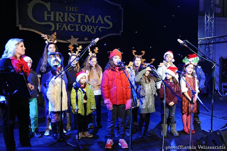 """Η Ευανθία Ρεμπούτσικα παρουσιάζει αποκλειστικά το νέο παιδικό cd """"Τι λέει η αλεπού;"""" #joy #christmas #xmas #thechristmasfactory #children #family #magic #dream #fairytale"""