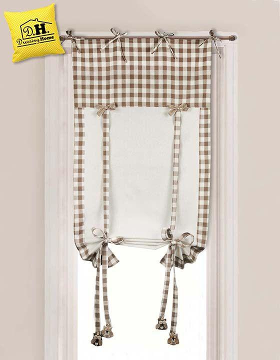 Tenda finestra country chic della collezione Gufetti in versione a quadretti bianca e beige