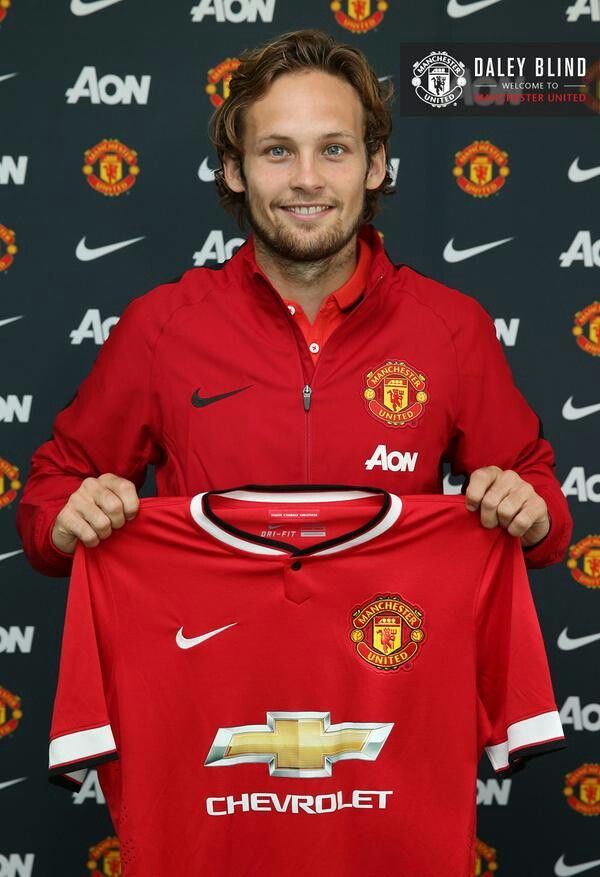 Manchester United is delighted to announce that Daley Blind has completed his transfer for a fee of £14m from Ajax Amsterdam