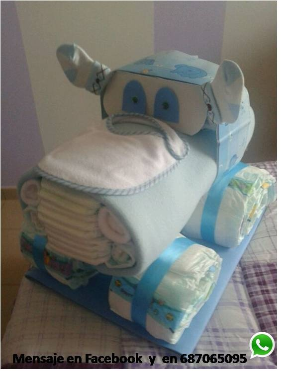 Original Tarta de pañales. Un camión con más de 70 pañales, manta, bodys...y todos los complementos que le quieras incluir, visítanos en https://www.facebook.com/TartasPanalesOviedo #regalos #oviedo #bebes