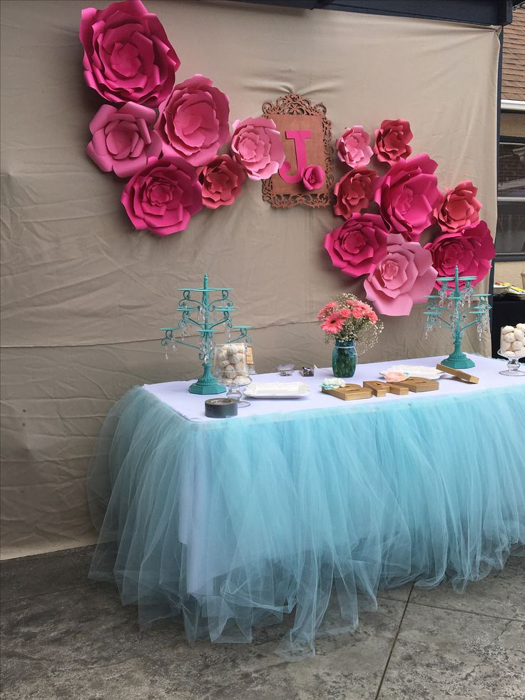 190 best images about paper flower backdrops candy cake for Baby shower flower decoration ideas