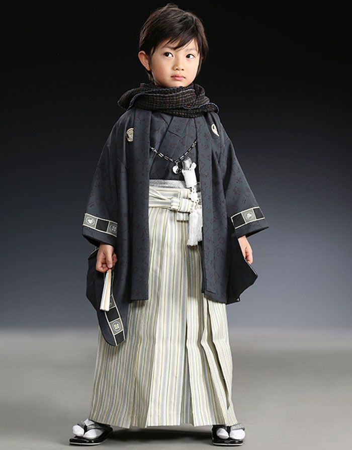 Japanese kimono little boy. 羽織袴 #japan #kimono