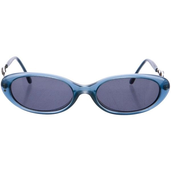 37edf134f429f Pre-owned Gianni Versace Medusa Oval Sunglasses (417250 PYG) ❤ liked on  Polyvore featuring accessories