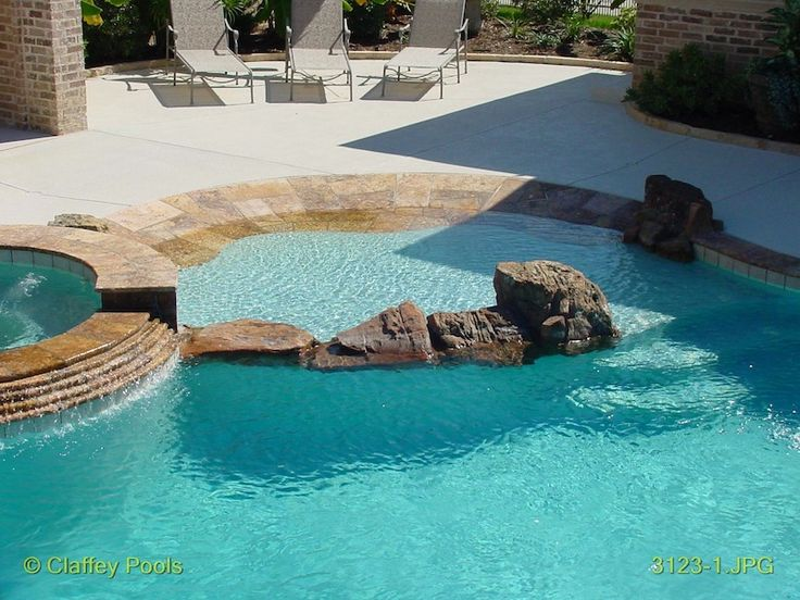 25 best ideas about beach entry pool on pinterest zero for Walk in pool designs