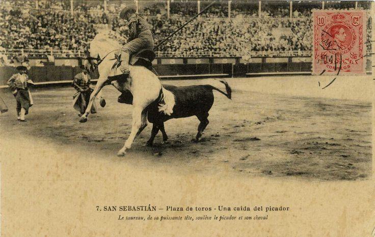 San Sebastián : plaza de toros : una caída del picador, 19--?: Los Toro, De Toros