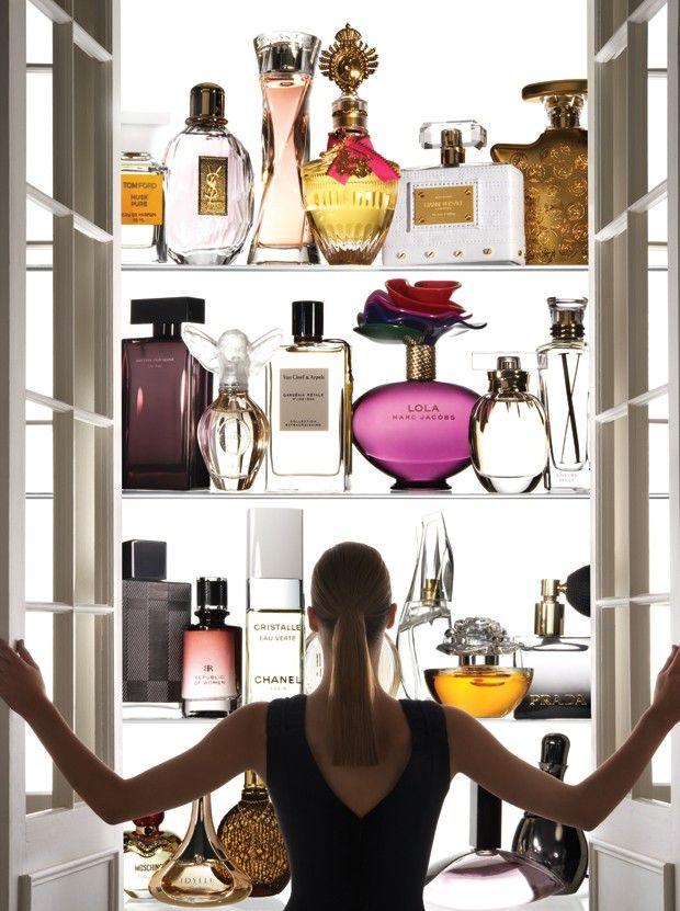 Perfumes, um dia vou ter uma prateleira assim!