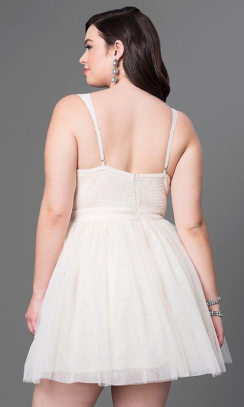 e139a47461488 Plus V-Neck Sleeveless Short Dress in 2019   Actresses   Celebrity prom  dresses, Prom dresses, Dresses