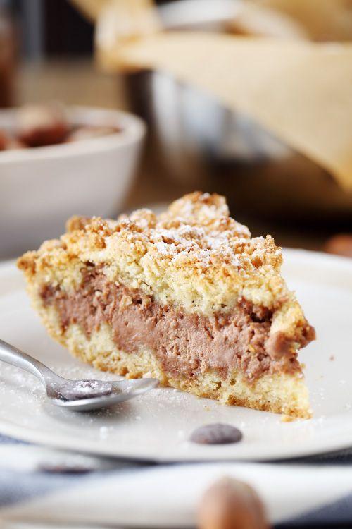 Le Sbriciolata est un dessert italien qui rappelle le crumble mais qui est beaucoup plus généreux et gourmand puisqu'on y enferme, entre 2 couches de crumble,un mélange de pâte à tartiner et de ricotta