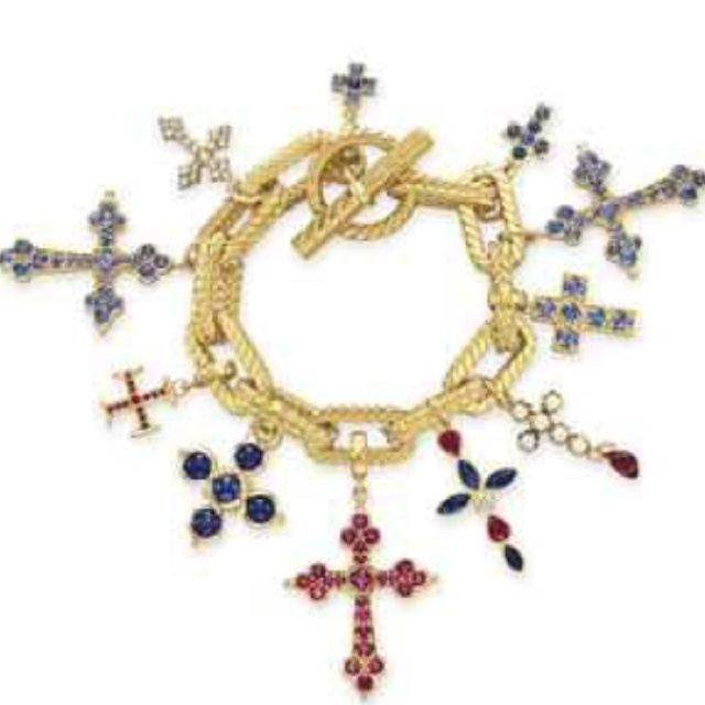 Cross Charm Bracelet: Elizabeth Taylor's Charm Bracelet Auctioned For $98,500