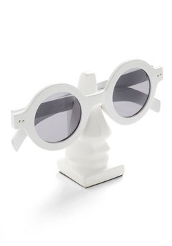 Nose for Style Glasses Stand, #ModCloth