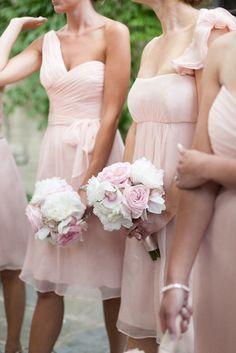 Sélection mode : où trouver les tenues de vos demoiselles d'honneur ?