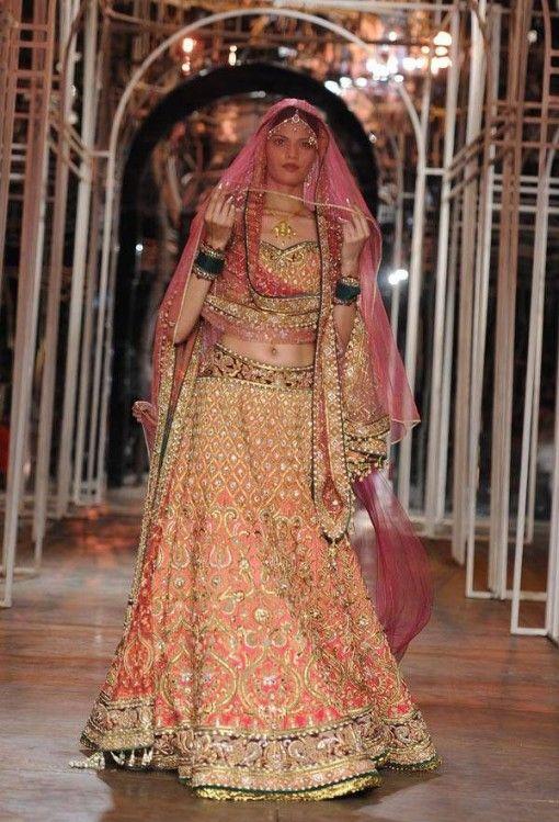 India Bridal Fashion Week 2013 - #Tarun Tahiliani # wow lehenga