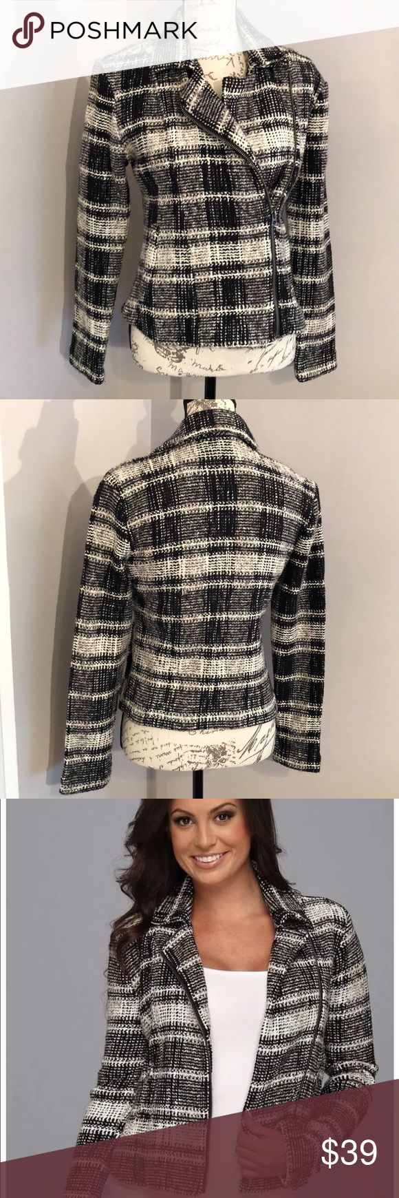 Lucky Brand Women's Moto Zip Up Sweater SZ S EUC EXCELLENT USED CONDITION Lucky Brand Women's Plaid Moto Zip Up Sweater  SZ S Color Black, Cream, Gray Please see all photos for measurements/details as well as general condition. No stains, pilling or excessive signs or wear. All measurements are taken flat and are approximate.  Item is from a clean and smoke free environment. ✖️✖️✖️NO TRADES✖️✖️✖️ 😊Questions/Offers Welcome! 😊 Lucky Brand Sweaters Cardigans