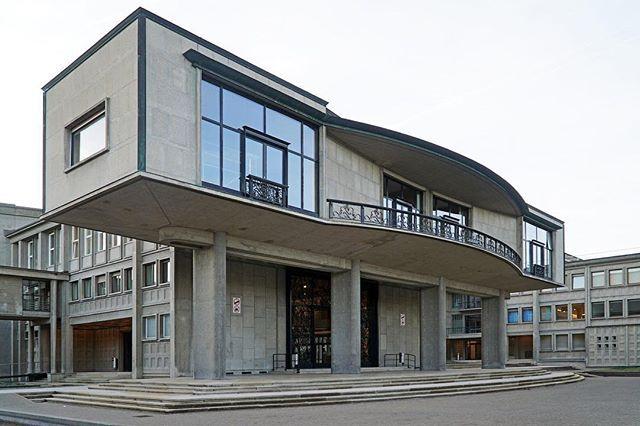 ArcDog Images: Université Miséricorde Fribourg | Denis Honegger Alexandre Dumas. Image  ArcDog in 2017. #arcdog #image #arcdogimages #architecture #photography #architect #building #space #architecturephotography #fribourg #university #switzerland #concrete